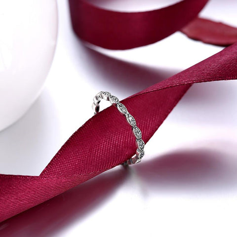 100% 925 Sterling Silver Engagement Ring With Full Crystal - RishWish