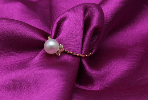 Akoya Pearl Ring-  18K Yellow Gold - RishWish