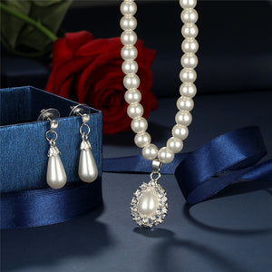 Downton Abbey-Inspired Pendant Necklace And Earring Set - RishWish