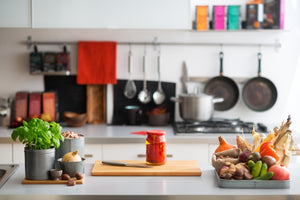 8 Quick Tips for Keeping an Organized Kitchen