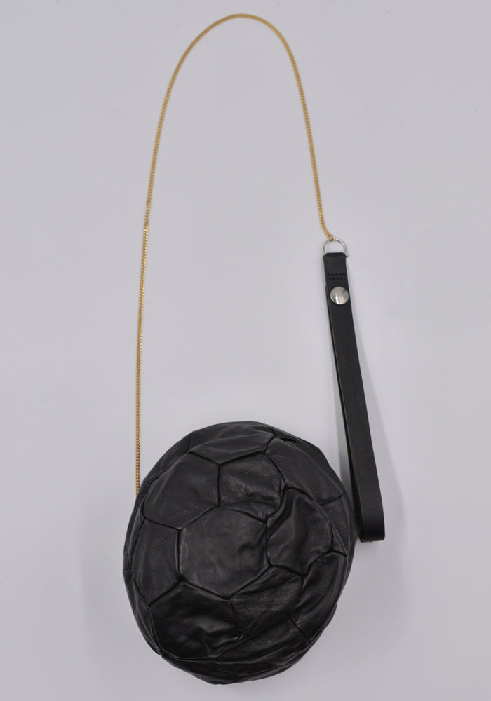 BLESS BC VA4 LEA 901 FOOTBALL BAG BLACK LEATHER | DOSHABURI Online Shop
