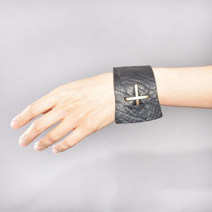 m.a+ by Maurizio Amadei CROSS BUCKLE WIDE WRIST BAND - DOSHABURI Shop