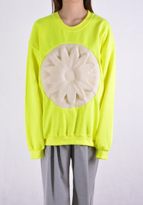 PAULA CANOVAS DEL VAS FLOWER EMBOSSED SWEAT SHIRT YELLOW | DOSHABURI Shop
