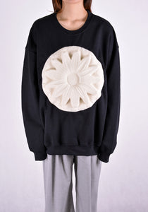 PAULA CANOVAS DEL VAS AE001 FLOWER EMBOSSED SWEAT SHIRT BLACK - DOSHABURI Shop