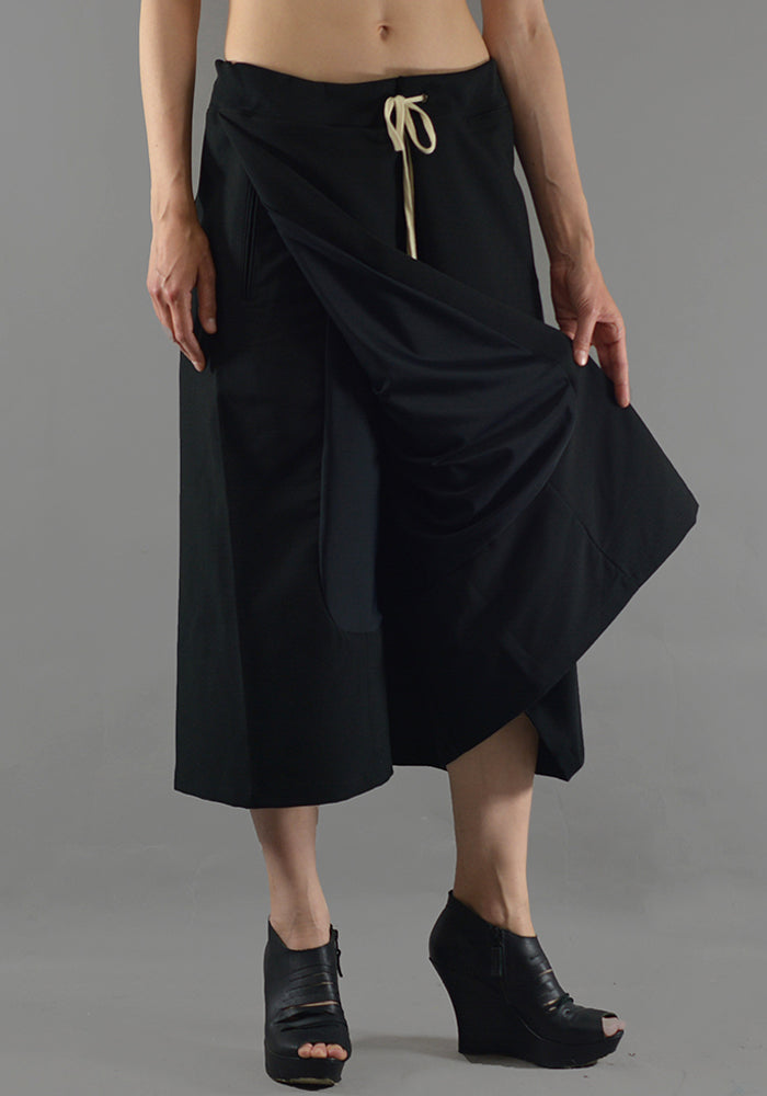 YUIKI SHIMOJI UNISEX SKIRT TROUSERS BLACK - DOSHABURI Shop