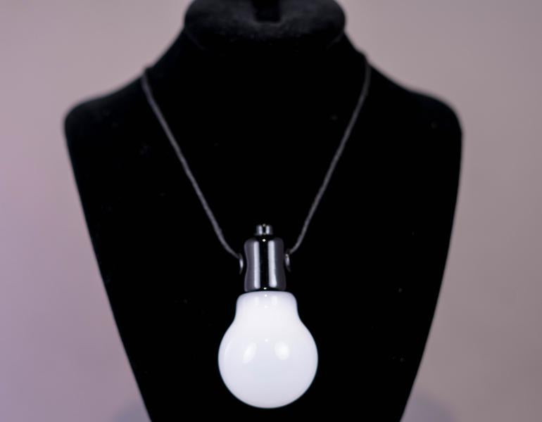 Diet - Lightbulb Pendant