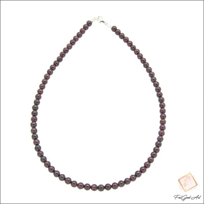 Collier grenat rouge