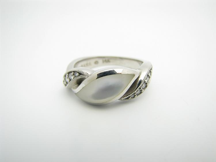 Kabana 14k White Gold Ring with Inlay White Mother of Pearl and Ten Diamonds-Lema's Kokopelli Gallery