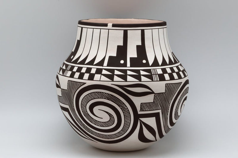 Laguna Hand Coiled Pot-Lema's Kokopelli Gallery