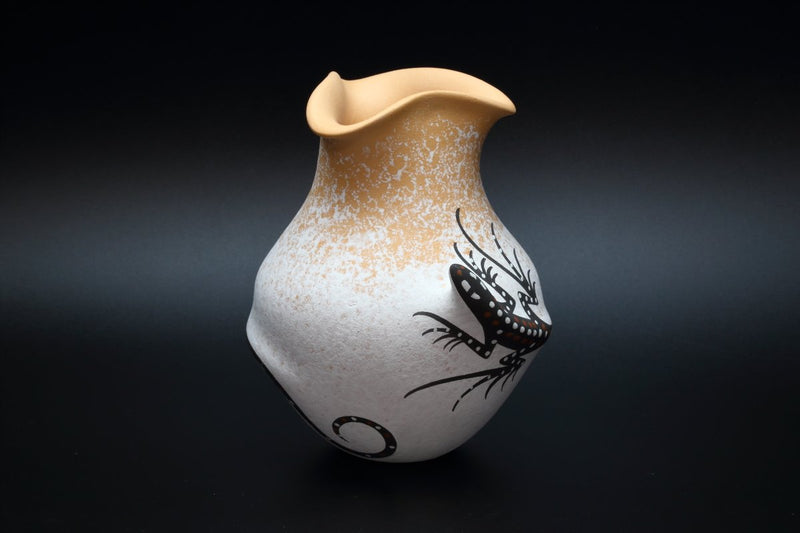 Zuni White Lizard Pot-Lema's Kokopelli Gallery