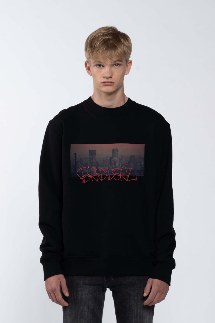 SKYLINE BLACK - SWEATSHIRT