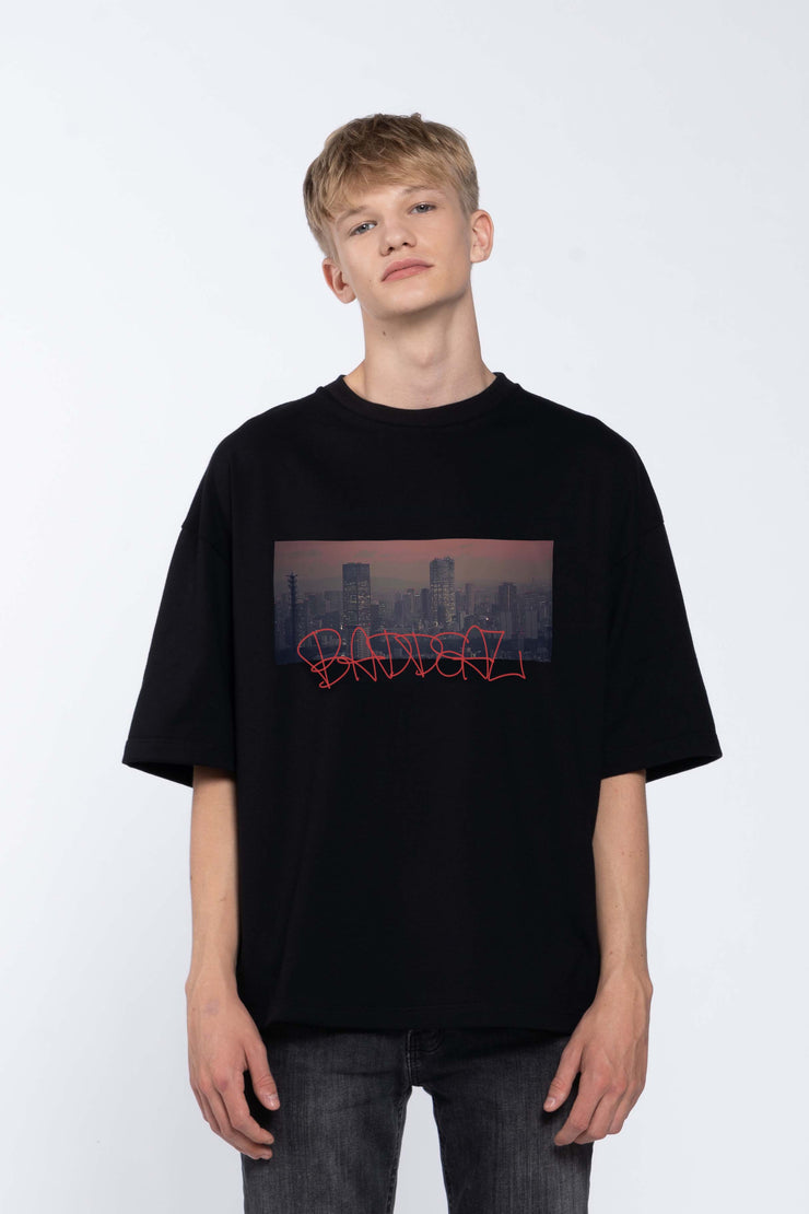 SKYLINE BLACK - BOX TEE