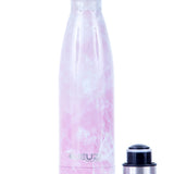 Our pink marble JEUZi bottle comes with a refined touch and shiny marble-like finish to give you some extra classic style point. Take your pink marble bottle with you and keep your drink hot and cold for hours. Find your at jeuzi.com
