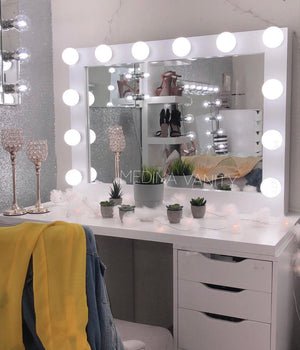 Hollywood Dream® Vanity Mirror