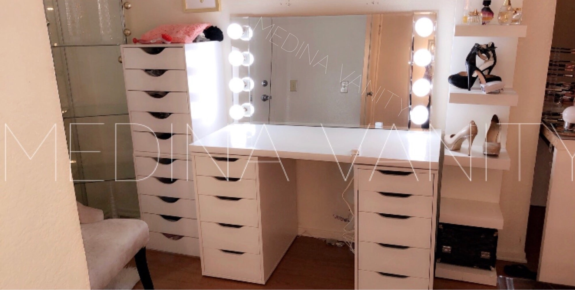 Vanity Table With Two 5 Drawer Dressers Medina Vanity