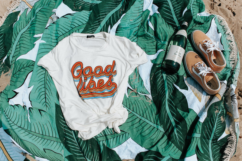 Good Vibes T-shirt - Emma and Evey