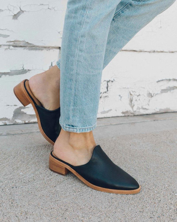 Leather Venetian Mule image