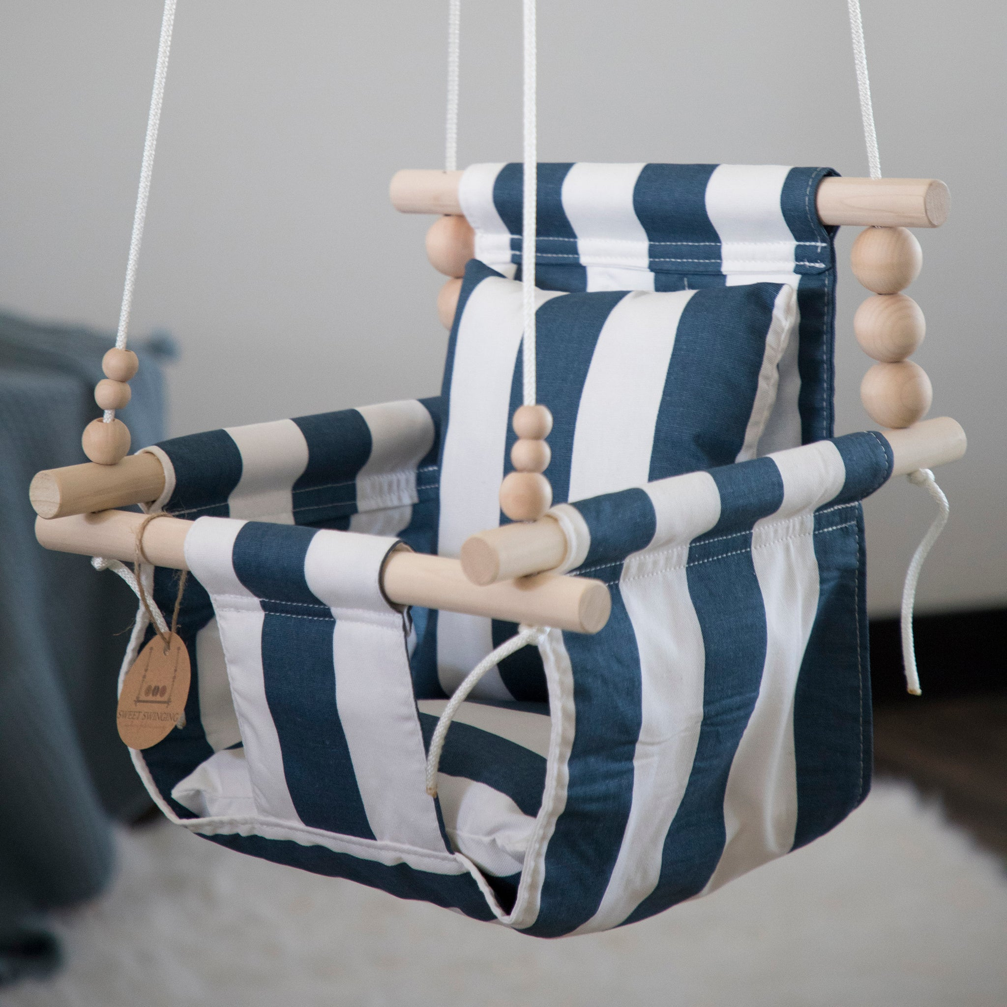 Imperfect: High Back Navy and White Stripe with two pillows
