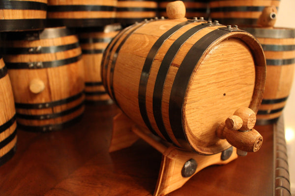 1 Liter Golden Oak Barrel for Aging – Black Steel Hoops - Golden Oak Barrel