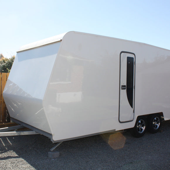 Caravan/Enclosed trailer bodies