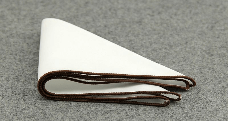 POCKET SQUARE | WHITE | BROWN BORDER | COTTON