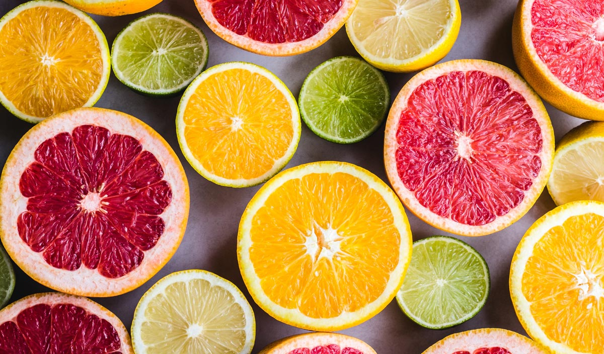 vitamin c reduces signs of aging