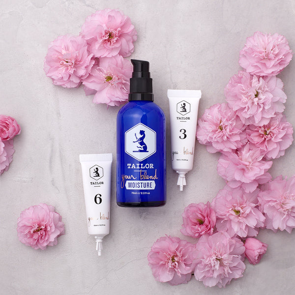 Personalised face moisturiser, with extracts for addressing different skin problems or conditions.
