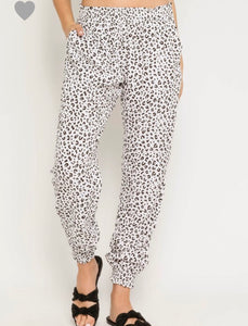 Lily Joggers- Leopard