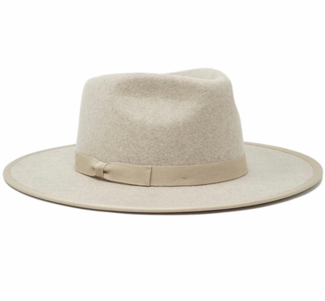 Laurel Hat- Oatmeal