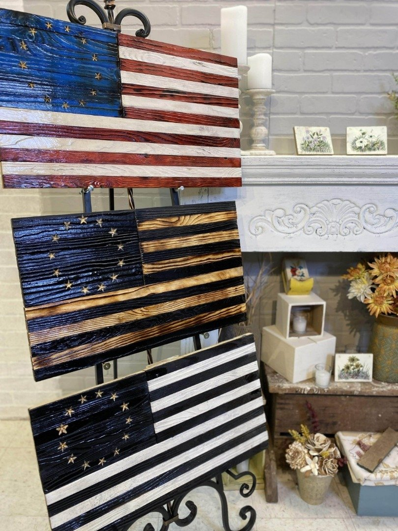 Betsy Ross Wood Flag Heritage Signature Series Verteran Made