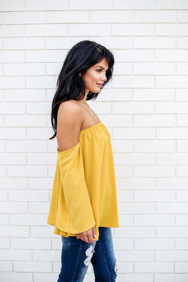 Analeigh off the Shoulder Top