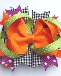 Too cute to spook hair bow