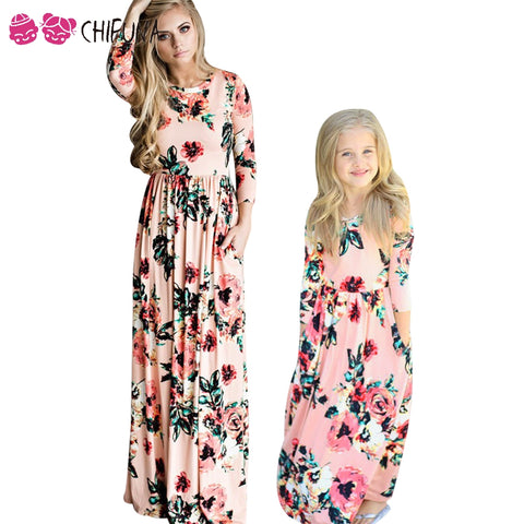 chifuna Mother Daughter Bohemian Maxi Dress Family Matching Outfits 2018  Fashion Mommy and Me Floral Long Dress Family Fitted