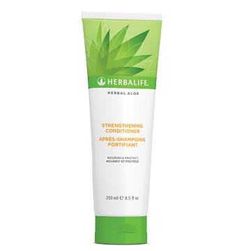 Herbal Aloe Kräftigender Conditioner 250 ml - HERBALIFE24