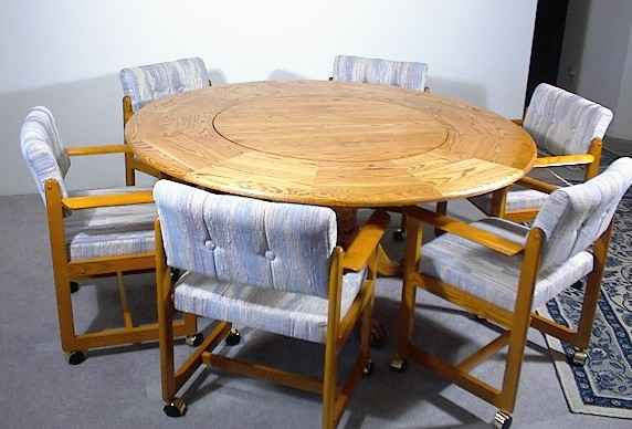 LST-62  Traditional Style Lazy Susan Table (Empire legs)