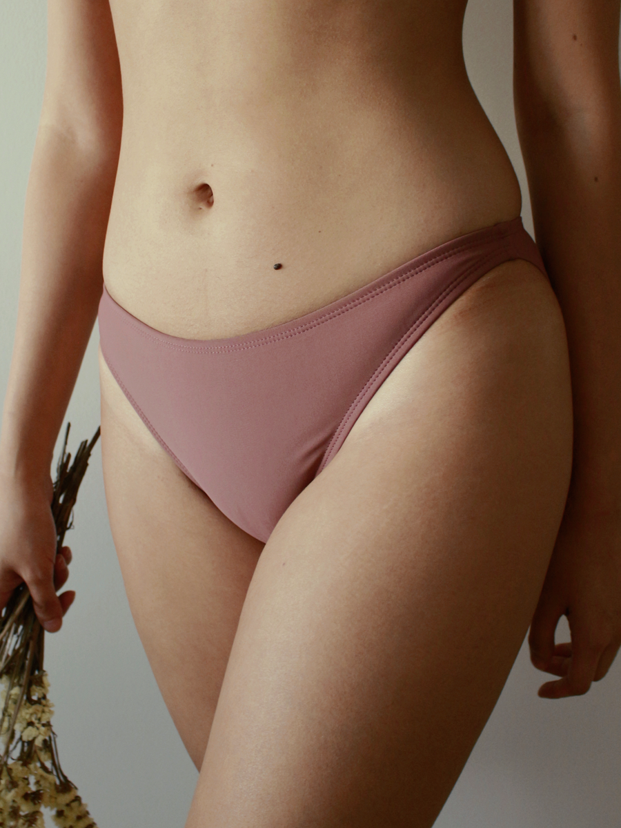 Zinia Bottoms in Mulberry