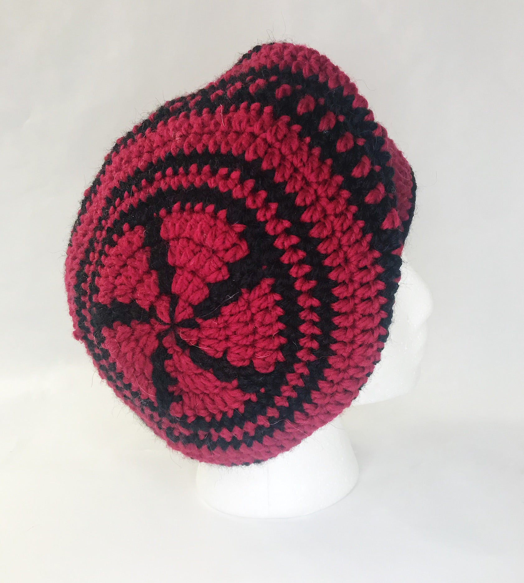Red Mandala Benret