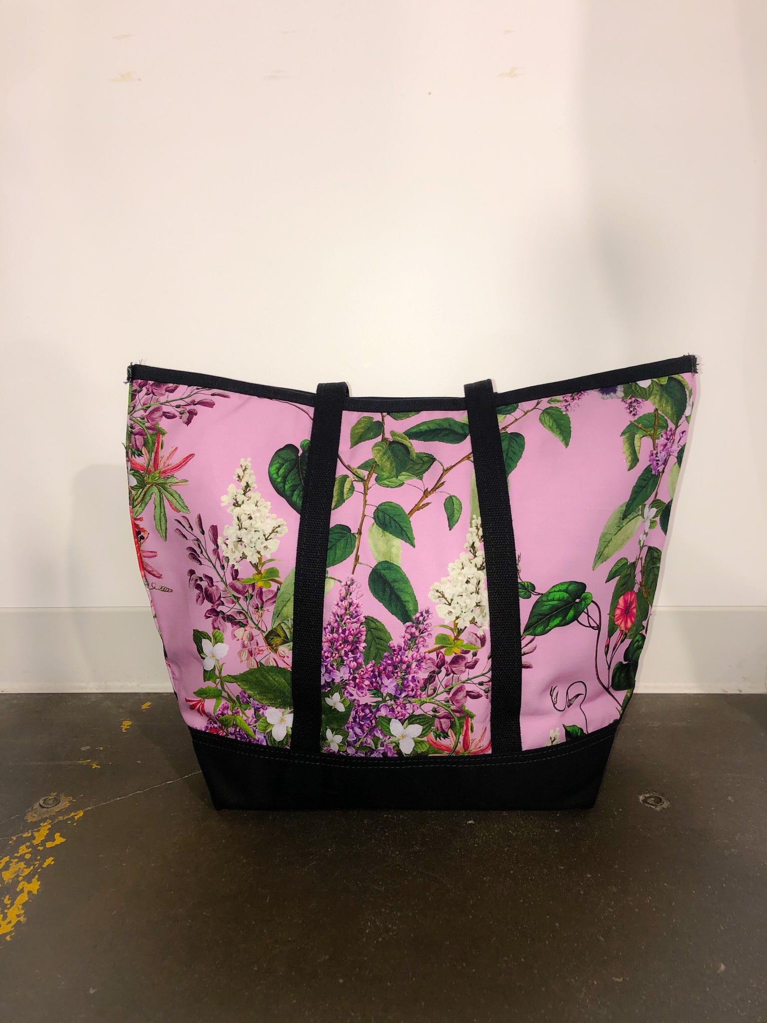 HAMISH FLORAL CANVAS TOTE BAG - Web Exclusives - Libertine