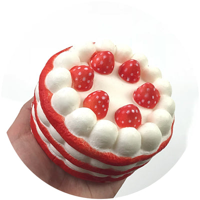 STRAWBERRY CAKE SQUISHY