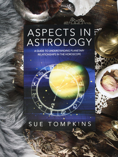 Aspects in Astrology Book