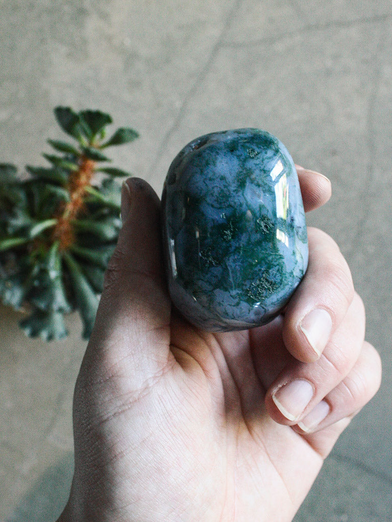Large Tumbled Moss Agate