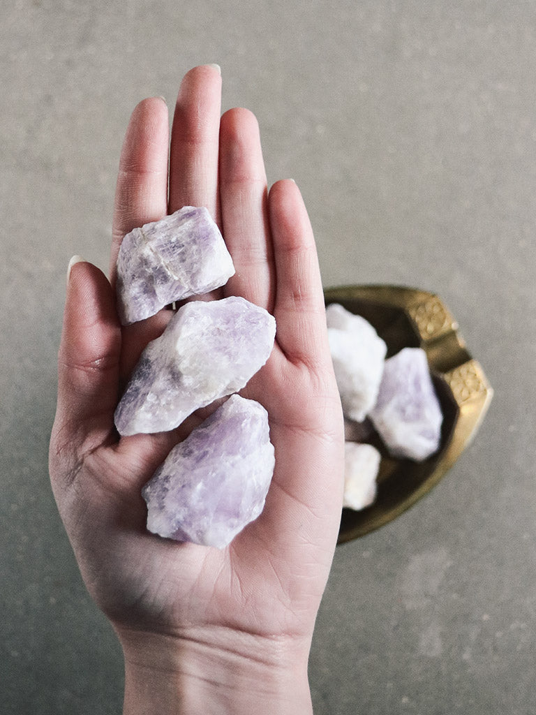 Raw Amethyst to Purify and Protect