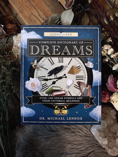 Llewellyns Complete Dictionary of Dreams