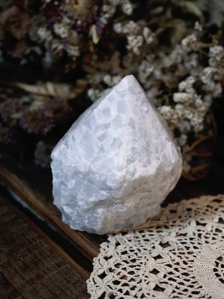 Raw Base Blue Calcite Generator - C690