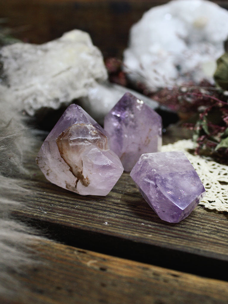 Small Amethyst Generators