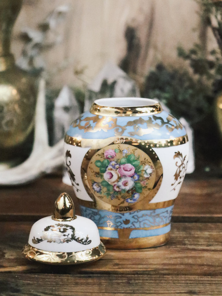 Vintage 1898 China Company Ginger Jar