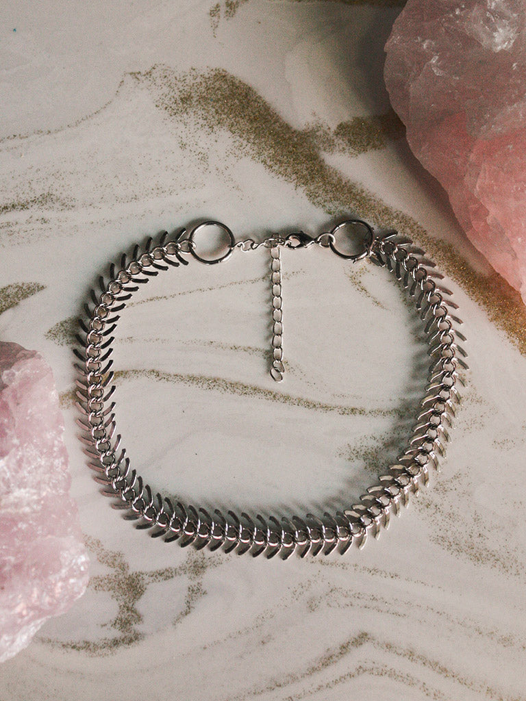 Silver Spinal Choker Necklace