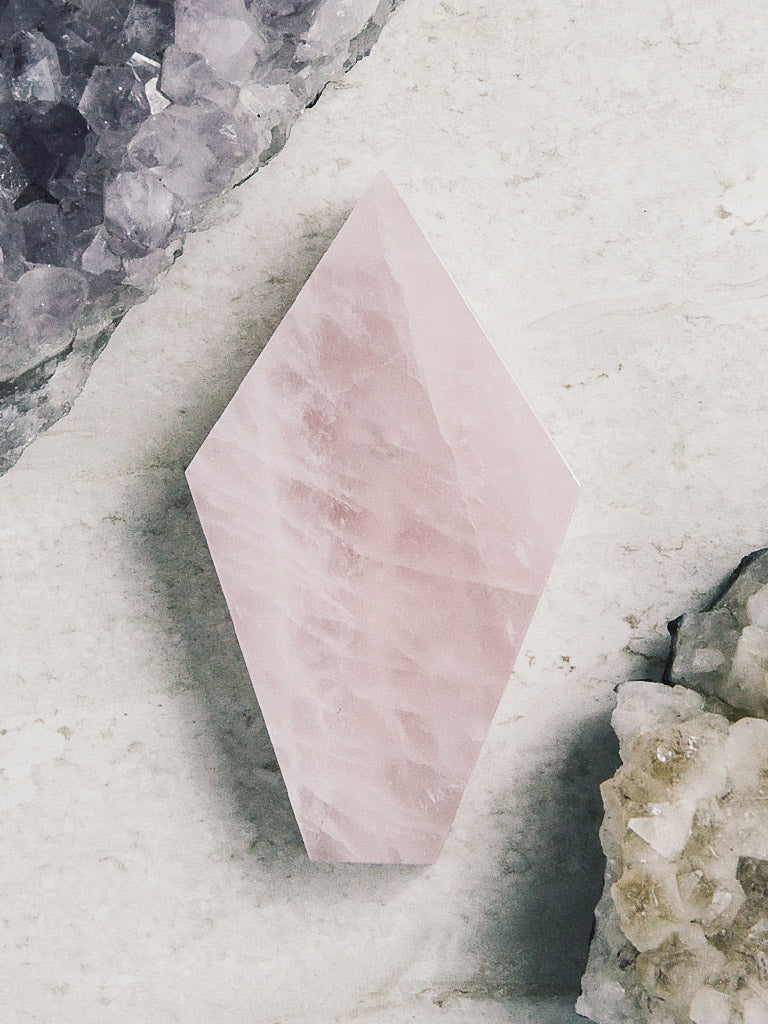 rite of ritual rose quartz coffin pipes 1