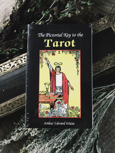 tarot and oracle pictorial key to the tarot book 1