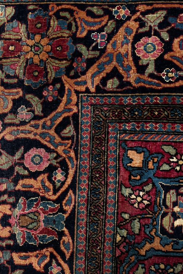 ACACIA Antique Persian Isfahan - close up top left